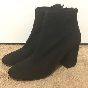 🌟New Listing🌟H&M Black Suede Booties